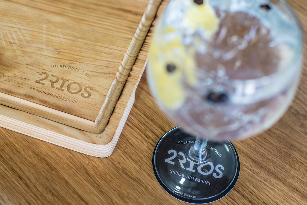 2Rios Bar